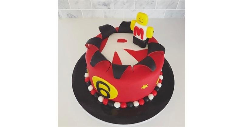 Roblox Cake Design Icing