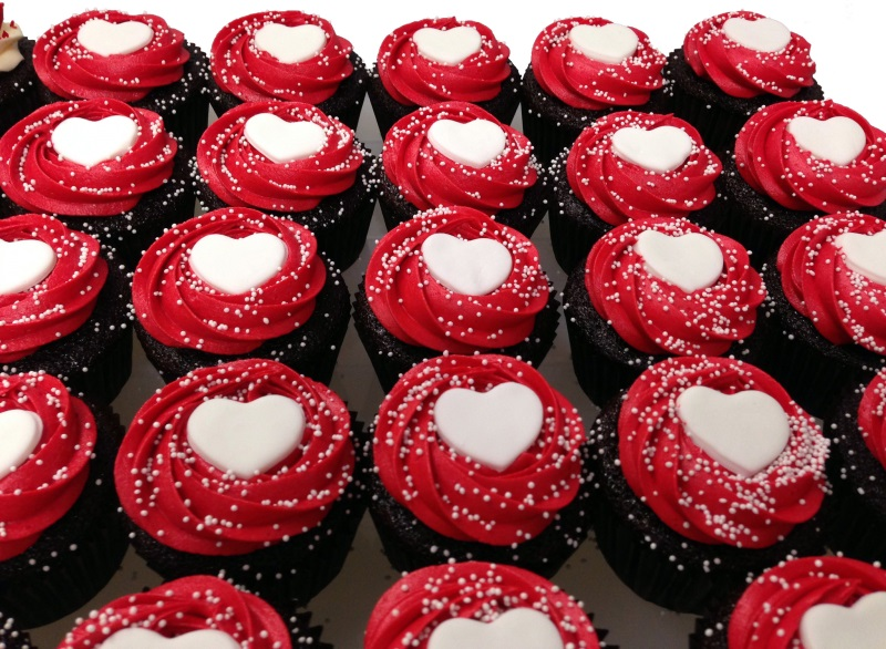 Heart Theme Cupcakes - Pack of 6
